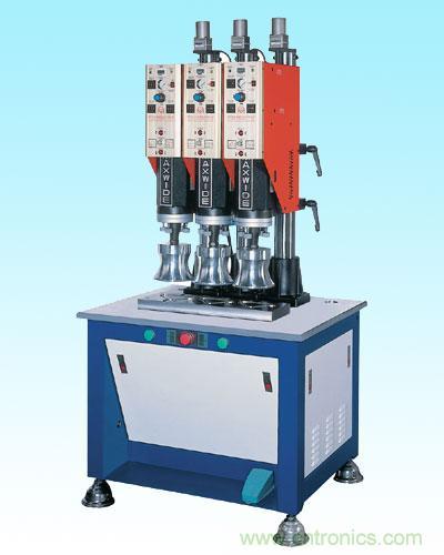 (2)功率在500w以上的超声波塑料焊接机所用发生器采用自激式功率