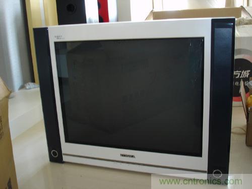彩色电视机S校正电容器的选用