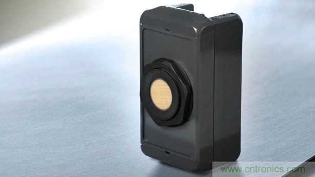 倍加福推出的UCC*-50GK超声波传感器系列